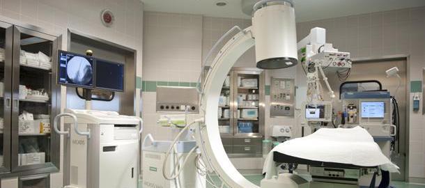 Операционная в клинике Леех