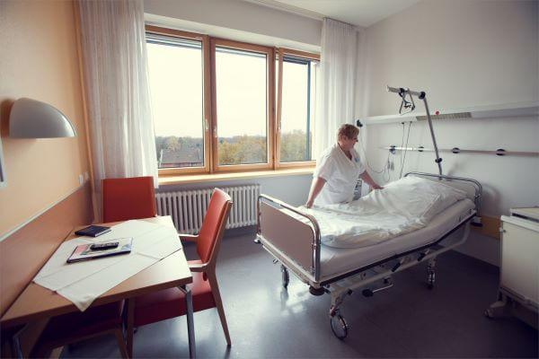 Одноместная палата в одной из клиник комплекса Норд Райн-Вестфаллен